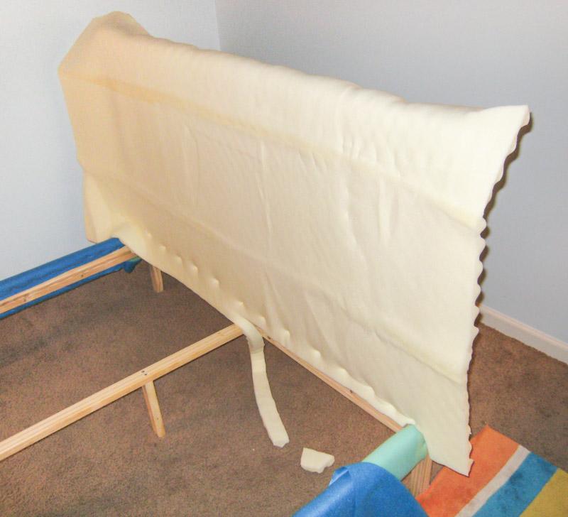 Кровати обитые тканью своими руками