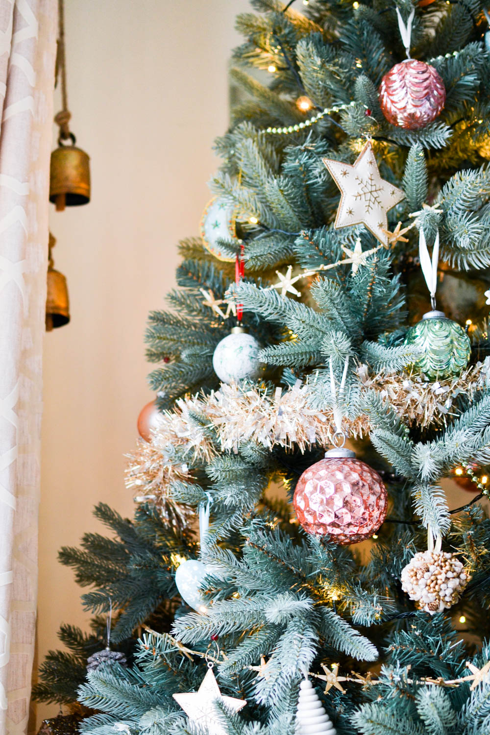 pink gold mint christmas tree 1