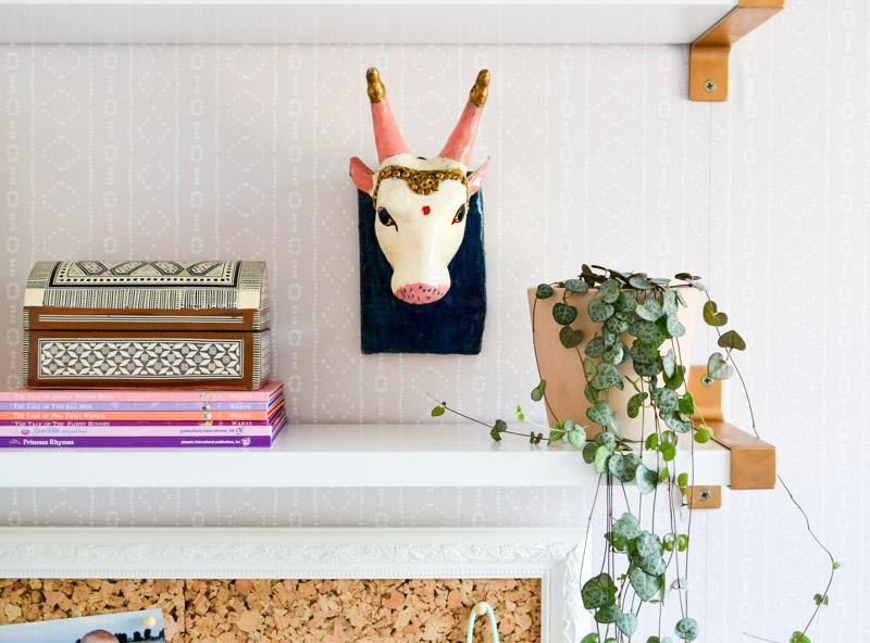 Global boho kids bedroom makeover - shelf styling + Indian Cow